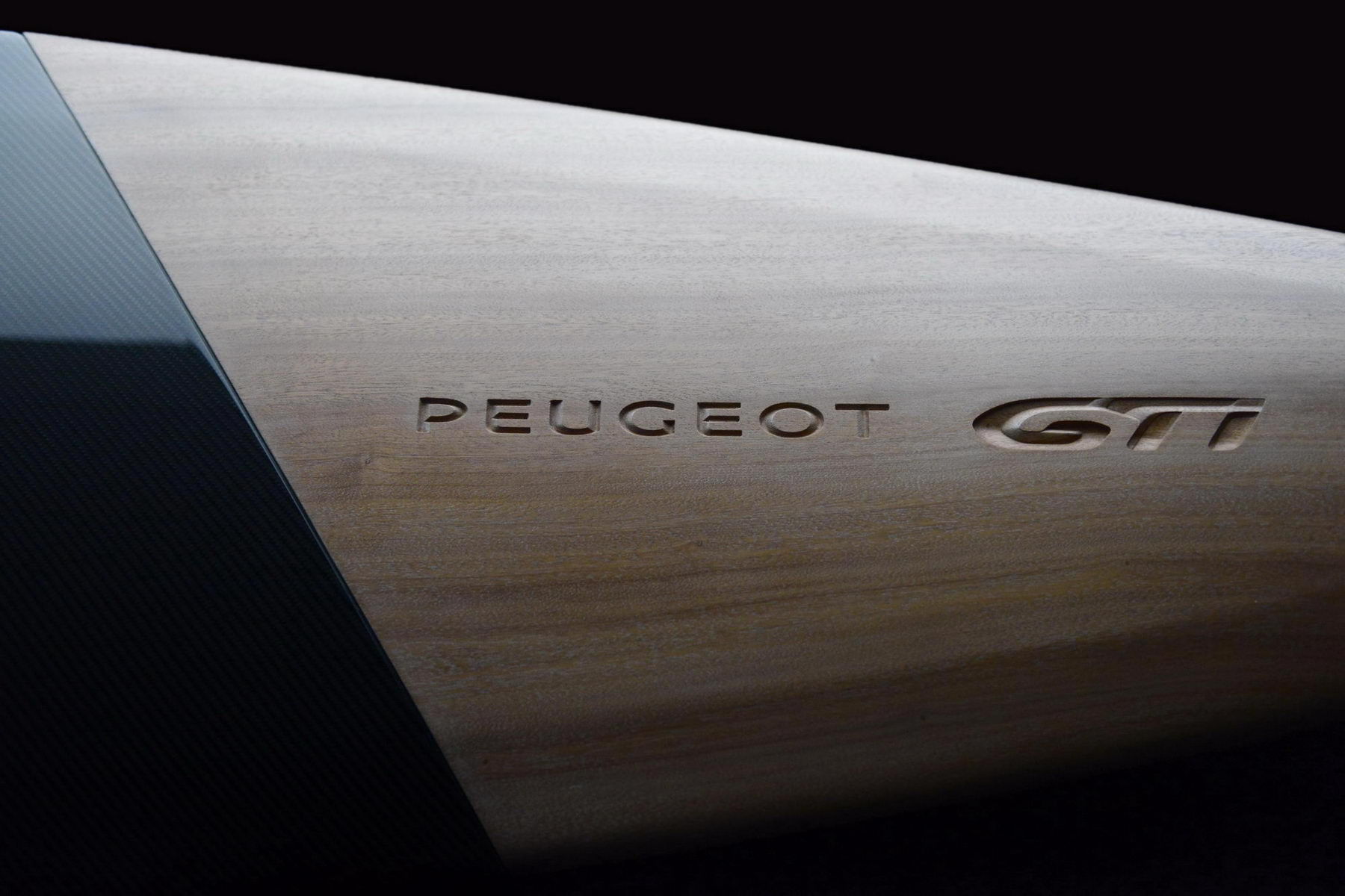 Transport - Photos - Peugeot GTI Surfboard Concept