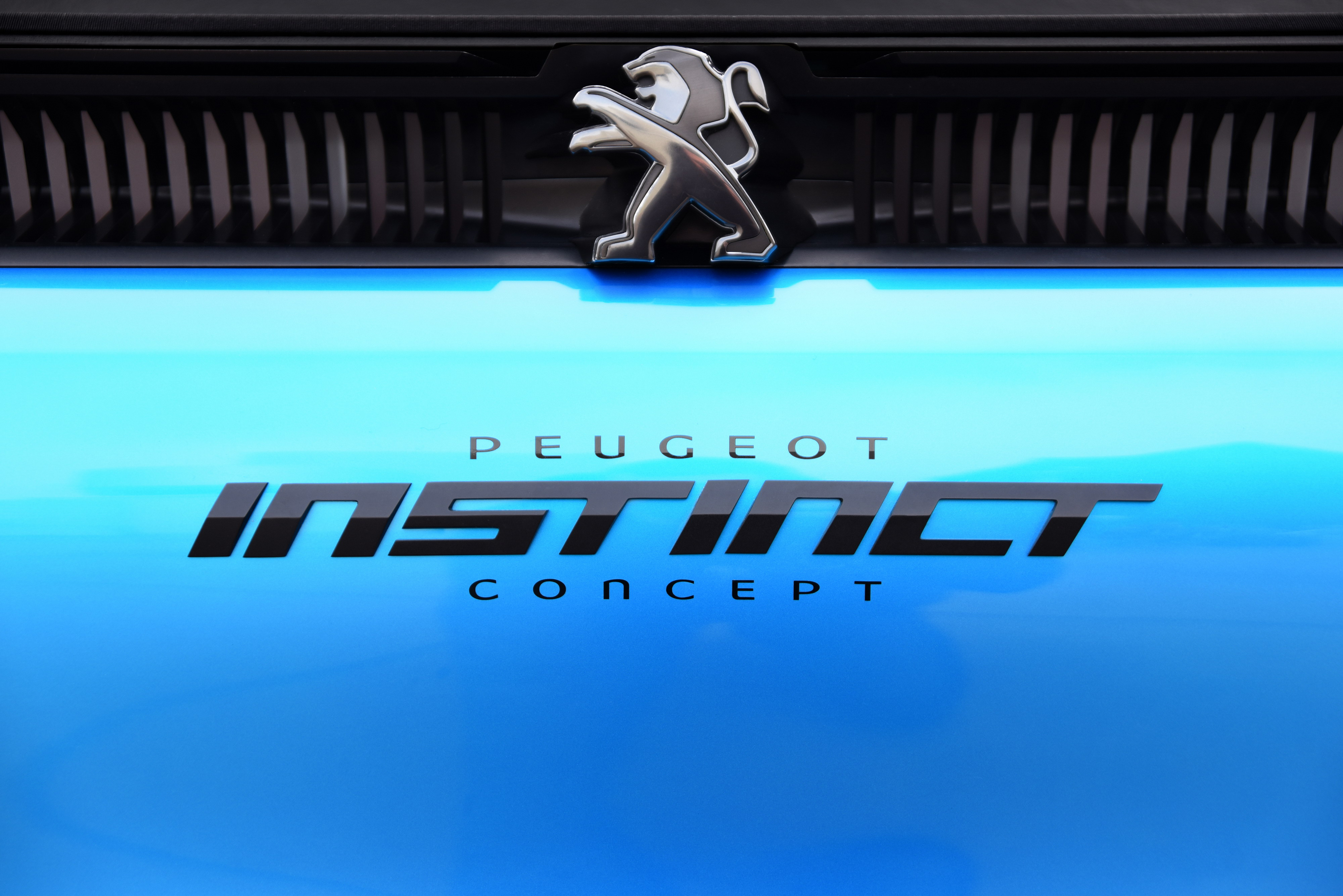 - PHOTOS - PEUGEOT INSTINCT